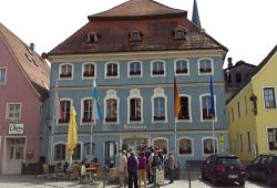 Historic Town Hall in Berching_ © Christine Riel