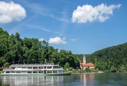 Boat trip to the monastery Weltenburg_ © Gabi Röhrl